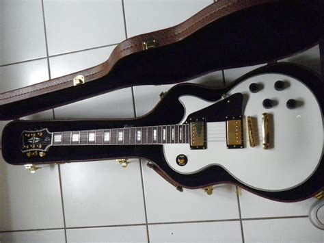 my new epiphone les paul custom alpine white mylespaul photo epiphone les paul custom epiphone les paul series