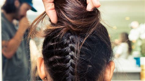 trimming your hair upside down easy second day hairstyles to do in only four steps coveteur