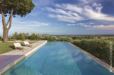 Location villa de prestige avec piscine en Toscane
