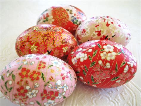 Decoupage Easter Eggs - easter eggs decorating ideas modern magazin