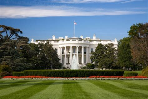 Facts About The White House by 21 Facts About The White House S Grounds
