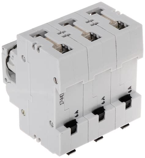 Steker Colokan 3 Phase Legrand P 17 30 Ere switch disconnector with fuse le 606702 three phase 6 switch disconnectors with fuses delta