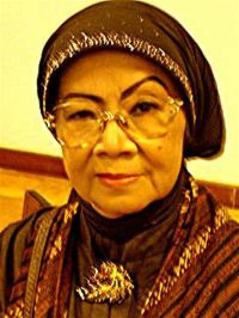 biografi hamka sastrawan sosok yayah b m lumintaintang sastrawan indonesia