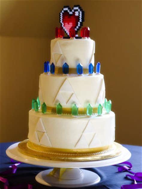 Hochzeitstorte Nintendo by Themed Weddings Bridalguide