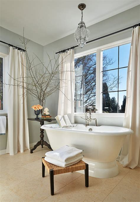 White Bathroom Table by Luxury 30 Bathrooms That Delight With A Side Table