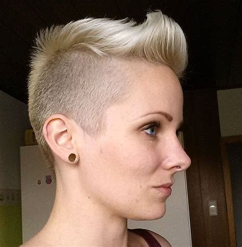 a really short pixi cut shaved in back sides curled witn iron on top pictures please 60 cute short pixie haircuts femininity and practicality