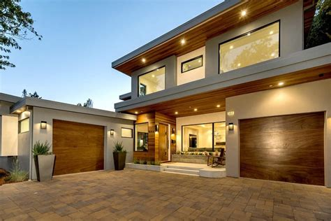 Modern Luxury House Exterior Modern home design design modern luxury house
