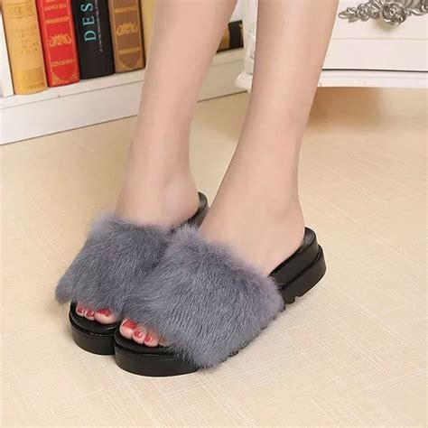Sandal Wanita Asli Platform Sandal Wanita Change 2016 musim panas wanita sandal bulu kelinci rambut tebal bawah flat sandal jepit sandal kasual