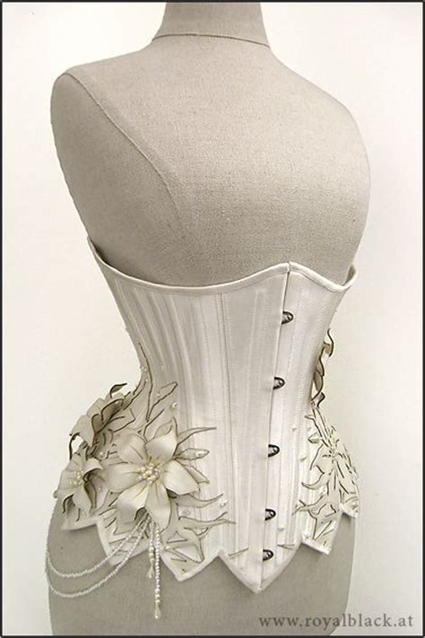 Setelan Kulot Royal Loly Black quot white lilies quot underbust corset by royal black couture corsetry beautiful