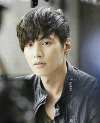 movie star hair cuts popular korean movie star has got under cut korean