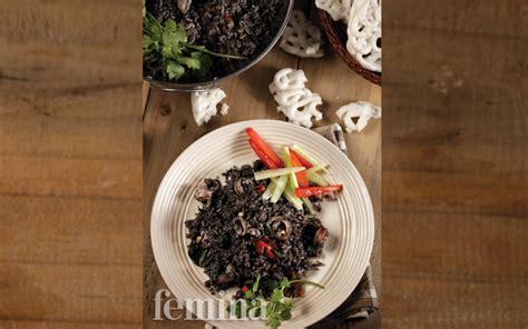 cara membuat nasi goreng hitam resep nasi goreng cumi hitam