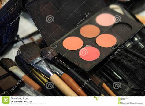 Make Up Satu Set make up set stock photo cartoondealer 87584628