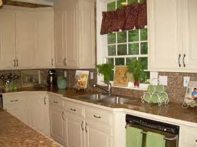 Color Kitchen Ideas by Kitchen Wall Color Pictures To Pin On Pinterest