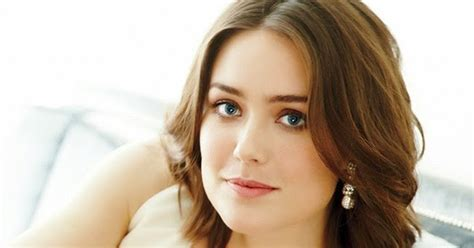 who plays lizzy keen aboutnicigiri megan boone