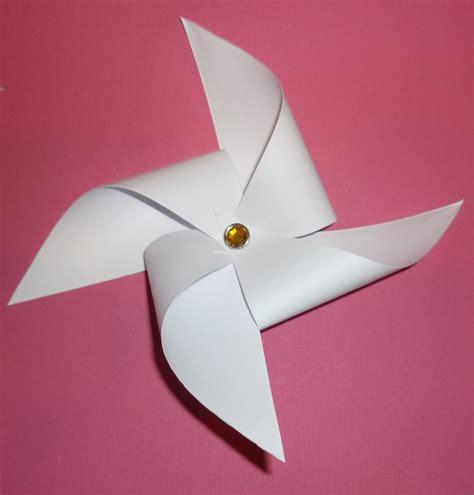 A Paper Pinwheel - paper pinwheels craftbnb