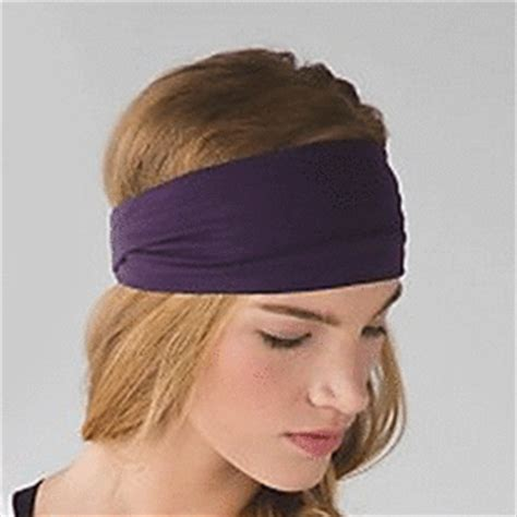 5 Tips For Wearing Headbands This Seasons Accessory by The Best Hair Accessories To Wear To The