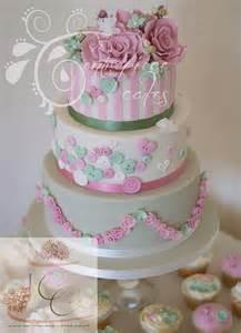centrepiece cakes shabby chic vintage wedding cake flickr