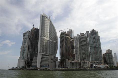 hotel bid owners of panama s hotel bid to remove president s