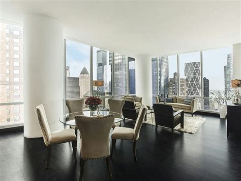 Living Room Furniture Estate Sale How To Sell Furniture In New York City Check Out The