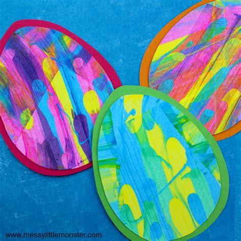 easy easter craft painting eggs easter egg scrape painting craft with free easter egg