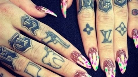 finger tattoo hd finger tattoo designs for men hd wallpapers