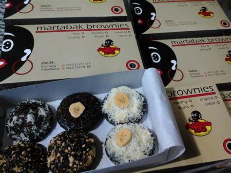 Brownies Topping Marshmallow Dan Kitkat Besar bukan martabak biasa di bandung bandung infobdg