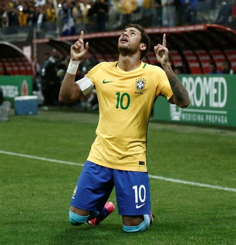 brazil v paraguay fifa 2018 world cup qualifier fifa
