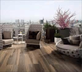 feinsteinzeug fliesen für terrasse feinsteinzeug holzoptik bad kreative deko ideen und