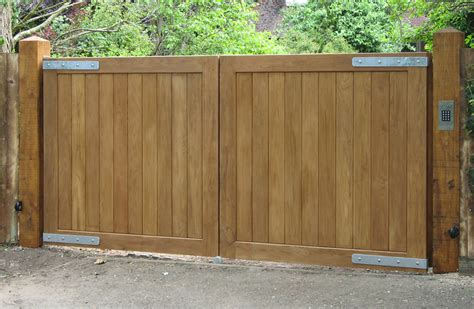 How To Make A Wooden Safety Gate