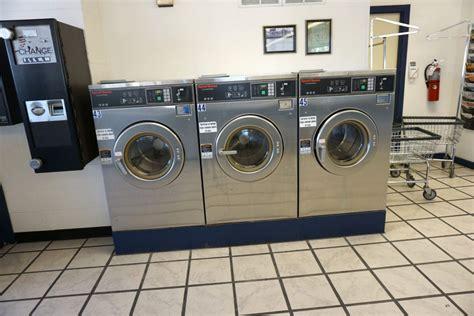 Wash Mat In Washing Machine - 24 hour laundromat coralville iowa 204 1st ave