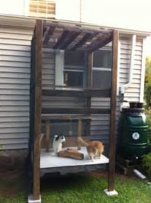 Pallet outdoor cat house pic outside cat house an outdoor
