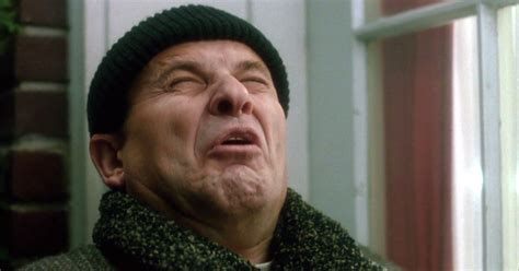 Joe Pesci Is An by On Home Alone S 25th Birthday Here S What It Would
