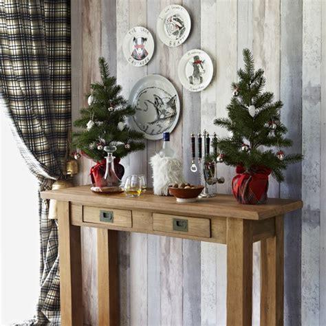 cosy christmas hallway housetohomecouk
