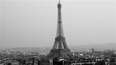 eiffel tower wallpaper for macbook tower eiffel black and white mac wallpaper download free