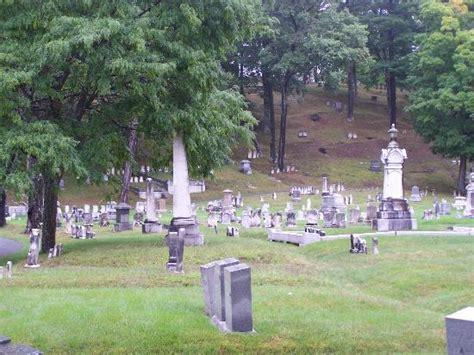 Garden Cemetery Sculpture De Bronze D Un Ange Sans Visage Portant Un