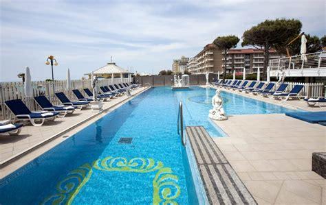 fronte mare hotel con piscina jesolo