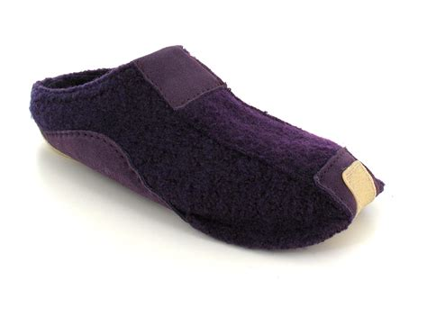 modern slippers haflinger 174 modern wool and leather slippers pocahontas