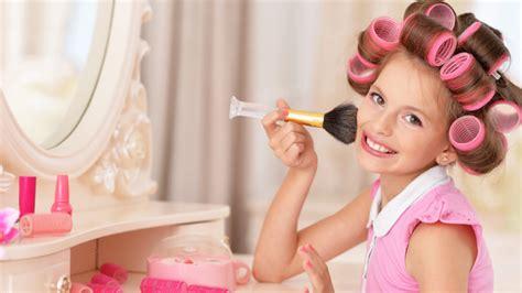 ab wann darf zeitung austragen experimentieren erlaubt m 228 dchen sollten schminke