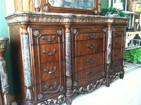 used queen bedroom sets queen poster bedroom set davis int l solid marble top gently used wow for sale in