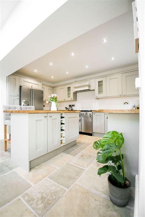 18 inspirational luxury home kitchen designs blog suzie s shaker kitchen rock my style uk daily