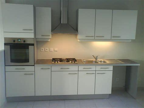 location cuisine cuisine pour appartement en location herv 233 menuiserie
