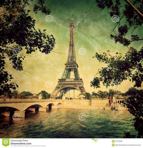 imagenes retro paris eiffel tower and seine river in paris france vintage