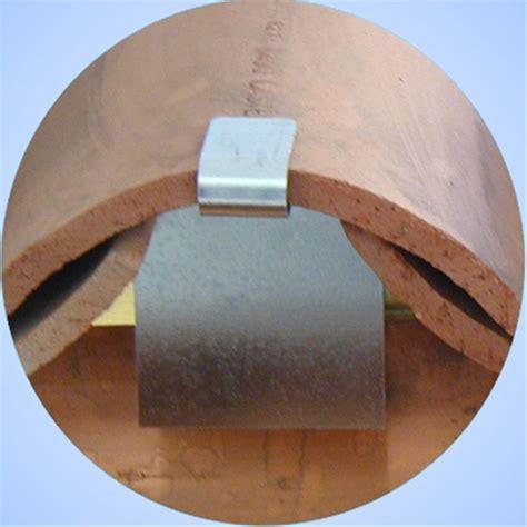 Guepes Sous Les Tuiles by Bouche Tuiles Obturateur Pour Tuile Aluminium