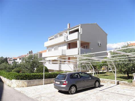 appartamento novalja pag novalja appartamenti a1 2 2 a2 4 a3 2 isola di pag