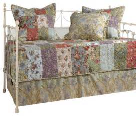 greenland home blooming prairie daybed set 5 piece daybed shabby chic quilts and quilt sets