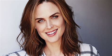 Cute Bedroom Decorating Ideas by At Home With Emily Deschanel Interview With Quot Bones