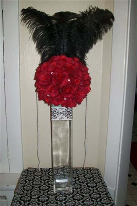 centerpieces with feathers and flowers centerpiece with feathers weddingbee