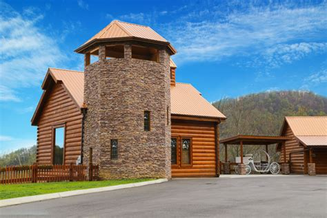 Majestic Cabin In Pigeon Forge Tn by Pigeon Forge Cabin Majestic Mountain Water