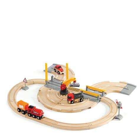 brio road and rail set brio road and rail crane set iwoot