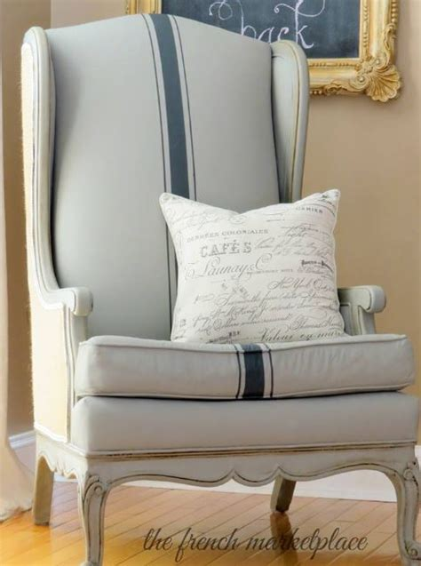 painting a couch using chalk paint 174 to paint your couch or wing back chair